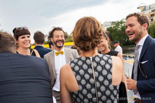 Hochzeitsausflug auf der Spree in Berlin