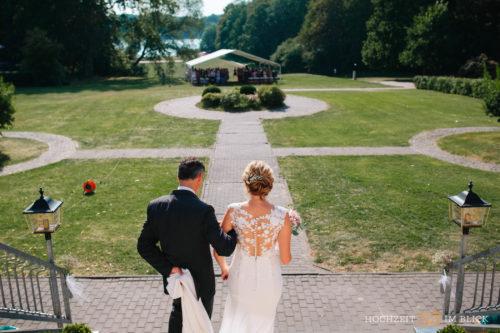 Freie Trauung bei der Hochzeitslocation Gut Gnewikow bei Berlin