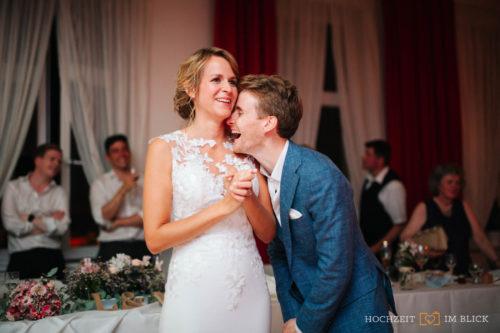 Hochzeitsfeier bei der Freie Trauung bei der Hochzeitslocation Gut Gnewikow bei Berlin