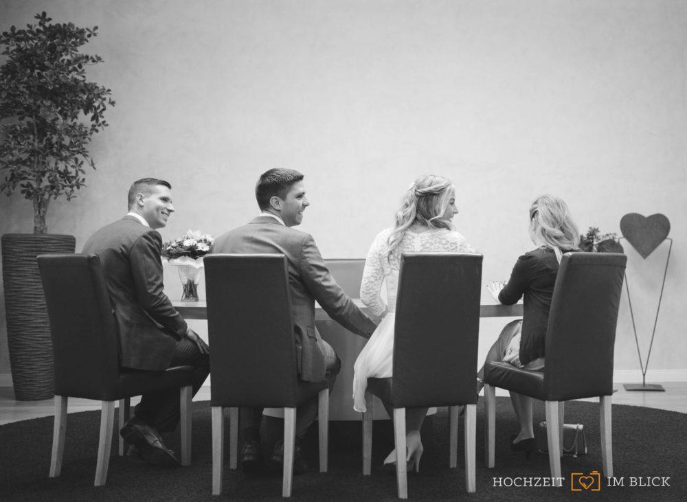 Standesamtliche Hochzeit im Standesamt an der Inselstraße in Düsseldorf