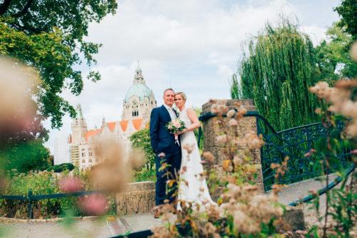 Hochzeitsfotos am Rathaus in Hannover von unserem Hochzeitsfotografen Niklas