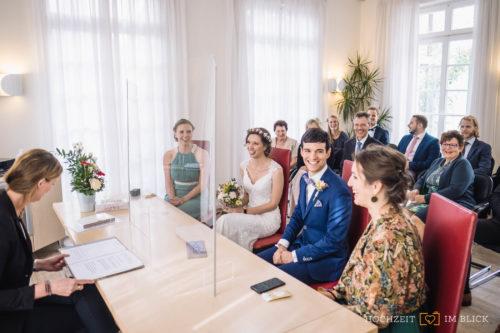Standesamtliche Hochzeit in Königswinter